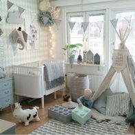 Chambre de bébé, ambiance gris et bleue