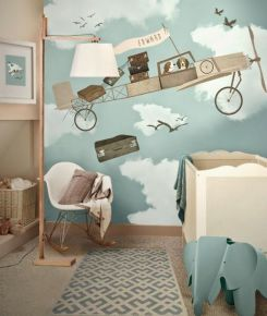 chambre de bébé avec papier peint