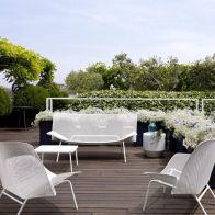 Salon de jardin blanc design en fer