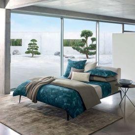 Ambiance épurée et design, housse de couette et taies d'oreillers bleus